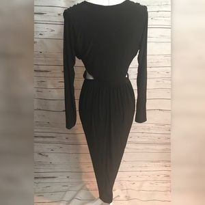 Boohoo Dresses - 🌹Boohoo midi side cutout dress in black, size 12